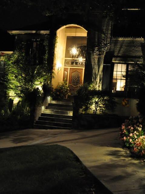 Exterior landscaping lighting design tulsa bixby jenks ok tulsa ok landscape lighting design aloadofball Gallery